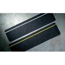 Folie neagră antialunecare pentru trepte (interior)